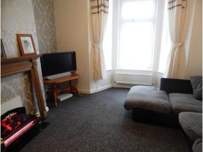 1 Bed Flat, Alma Road, ME12