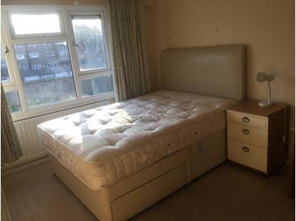 Room in a Shared House, Worcester Road, SM2
