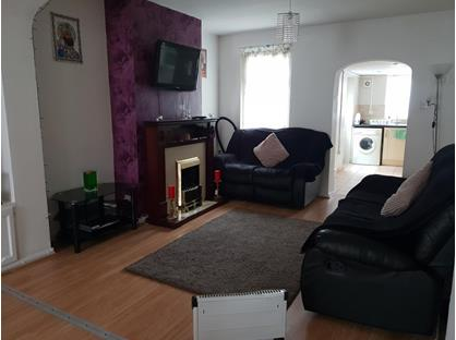 2 Bed Terraced House, Grove Road, RM17