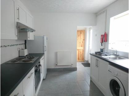3 Bed Terraced House, Durham Street, SN1