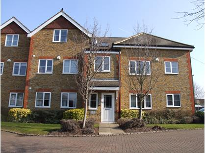 2 Bed Flat, Kempton Court, TW16