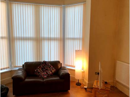 2 Bed Flat, Oakwood Avenue, LS8