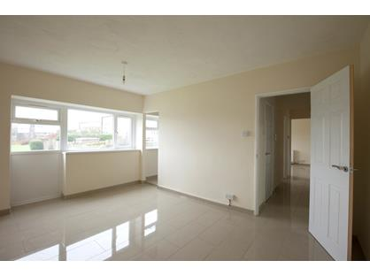 1 Bed Flat, The Hendre Flats, NP23
