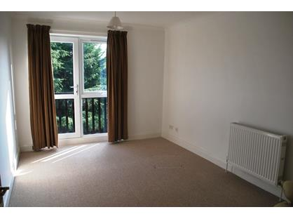 2 Bed Flat, Black Path, BN26