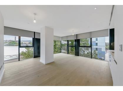 Studio Flat, Hill House, N19