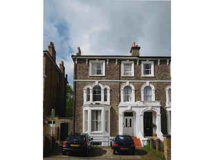 3 Bed Flat, Montague Road, TW10