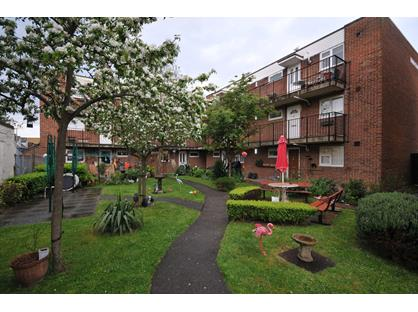 1 Bed Flat, Belmont Street, CT11