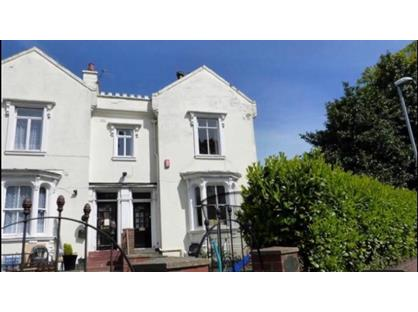 4 Bed Semi-Detached House, Cemetery Road, ST4