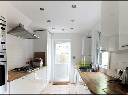 2 Bed Flat, Westbeech Road, N22