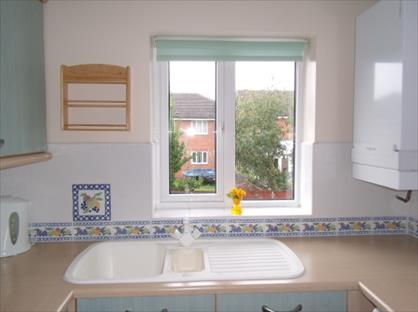 2 Bed Maisonette, Bramley Close, BB5