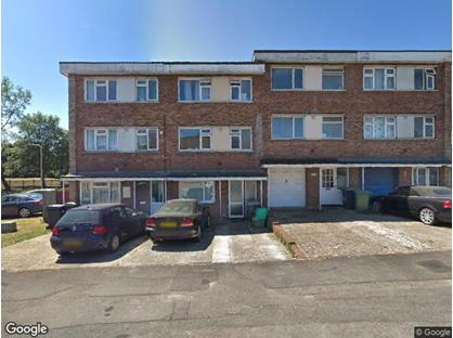 4 Bed Terraced House, Gaywood Drive, RG14