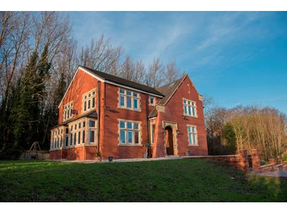 9 Bed Detached House, Rochdale Road, M9