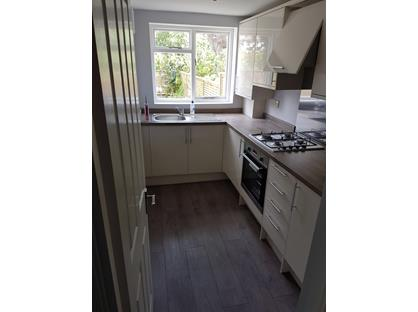 1 Bed Flat, Dalyell Road, SW9