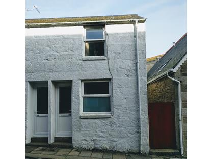 2 Bed End Terrace, Queen Street, TR18