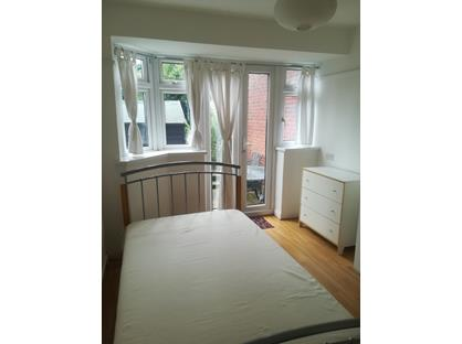 Room in a Shared House, Bilton Road, UB6
