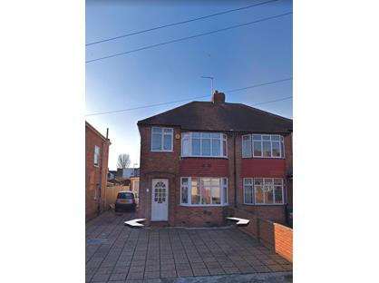 4 Bed Terraced House, Cassiobury Avenue, TW14