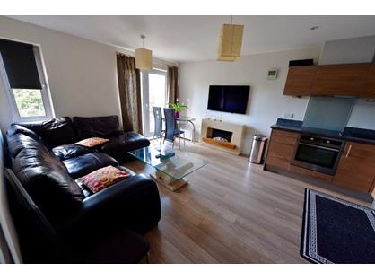 1 Bed Flat, Bonfire Corner, PO1