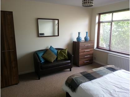Room in a Shared House, Caswell Close, GU14