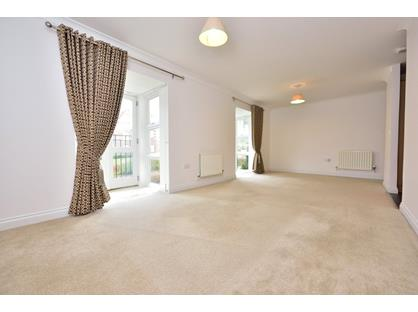 2 Bed Flat, Cottage Close, HA2
