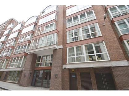 1 Bed Flat, Hosier Lane, EC1A