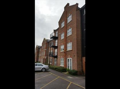 2 Bed Flat, Summers House, HP21