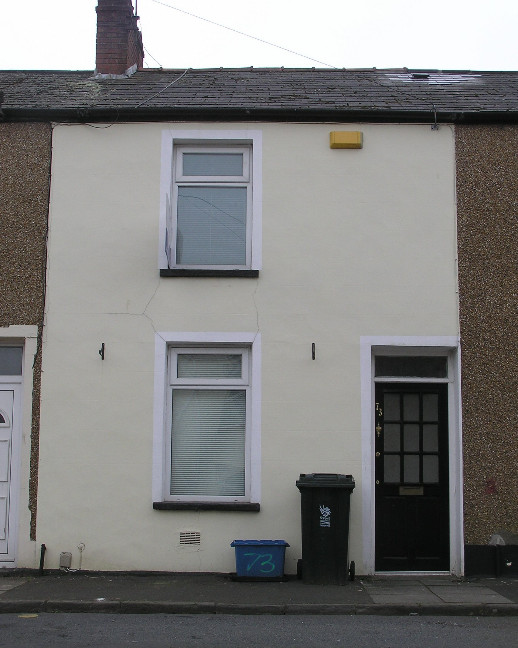 2 Bed Terraced House, Jones Street, NP20