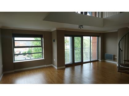 3 Bed Penthouse, Rotary Way, CO3
