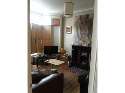 Room in a Shared House, Dumont Road, N16