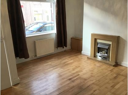 2 Bed Terraced House, Kitchener Street, DL3