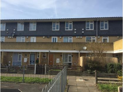 2 Bed Maisonette, Eldridge Close, TW14