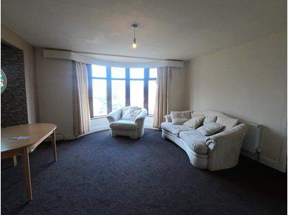 1 Bed Flat, Glenview Road, BD18