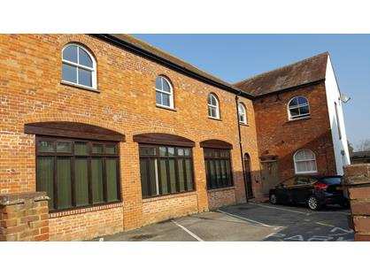 2 Bed Flat, The Old Coach House, OX9
