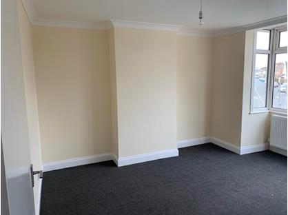 3 Bed Terraced House, Wennington Road, RM13