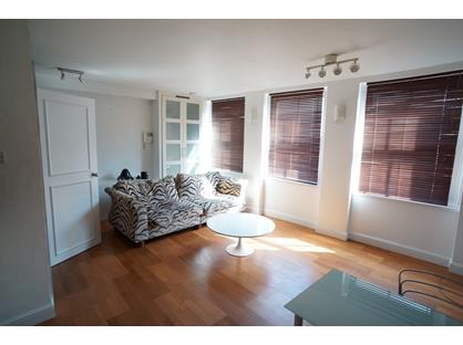 1 Bed Flat, Old Compton Street, W1D