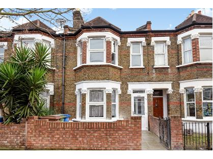 2 Bed Flat, Commercial Way, SE15