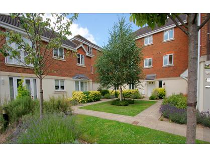 2 Bed Flat, Kingswood Place, TN8