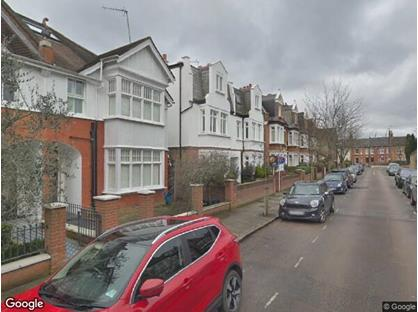 1 Bed Flat, Claremont Road, TW1