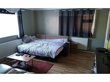 Studio Flat, Seymour Road, BA14