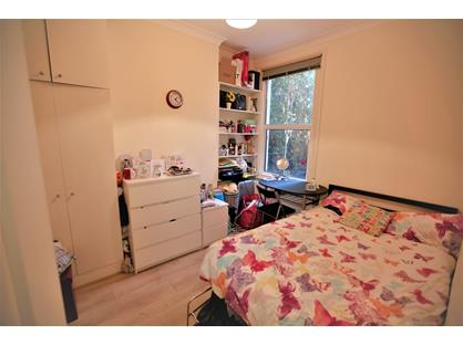 Room in a Shared House, Margravine Road, W6