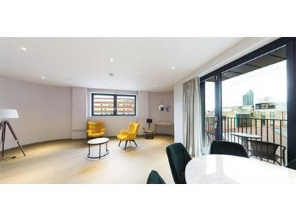 3 Bed Penthouse, Dray House, SW18