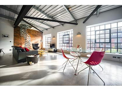 2 Bed Penthouse, Rifle Maker Building, B3