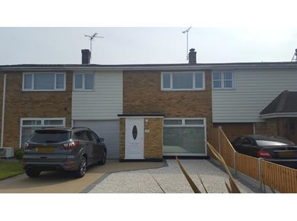 3 Bed Terraced House, Woodham Park Drive, SS7