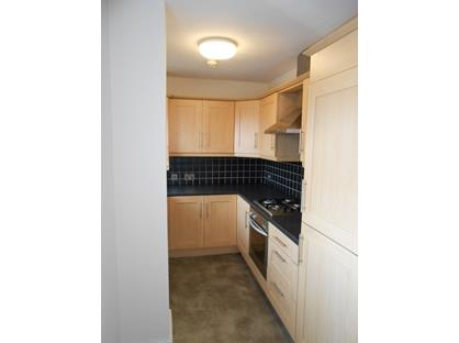 2 Bed Flat, Gardiners Square, HX3