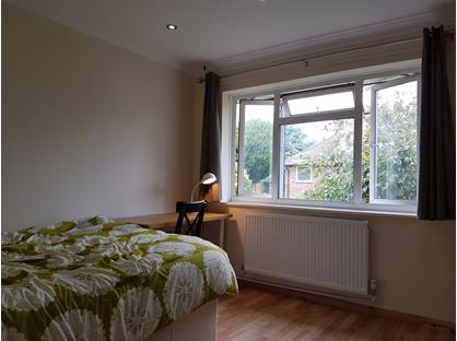 Room in a Shared Flat, Haversham Close, TW1