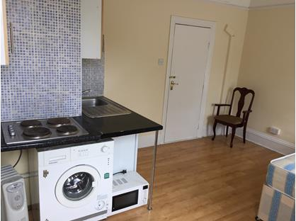 Studio Flat, Furness Rd Nw10 4Pp, NW10