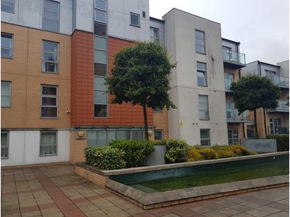2 Bed Flat, Queen Mary Avenue, E18
