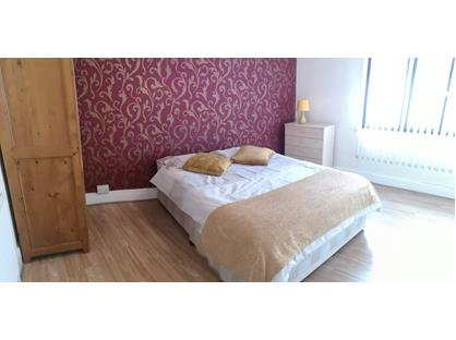Wondrous Properties To Rent In Rochester Kent From Private Landlords Beutiful Home Inspiration Xortanetmahrainfo