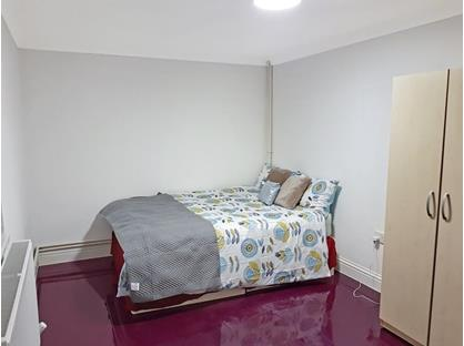 Room in a Shared Flat, Barnet Road, EN6