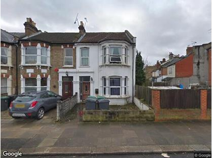 Room in a Shared House, Lascotts Road, N22