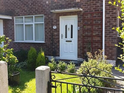 2 Bed Semi-Detached House, Warmley Road, M23